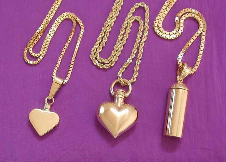 Pet Cremation Urn Necklace: A Special Way to keep your Pet's Memories