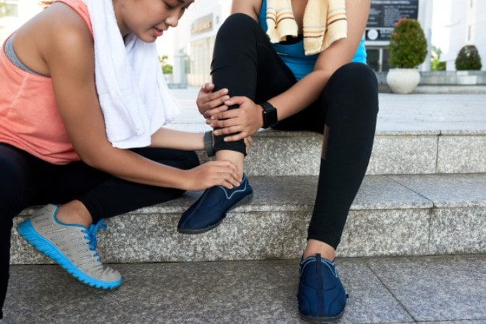 Is it Strain or Sprain? How can you Identify?