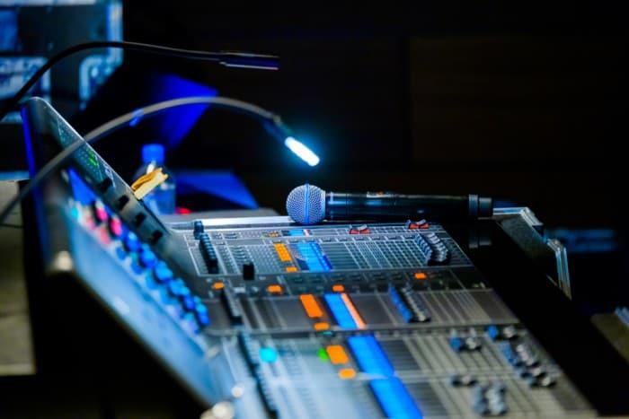 audio-visual consultant
