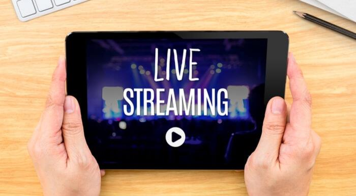 Live Streaming on Social Media Platforms