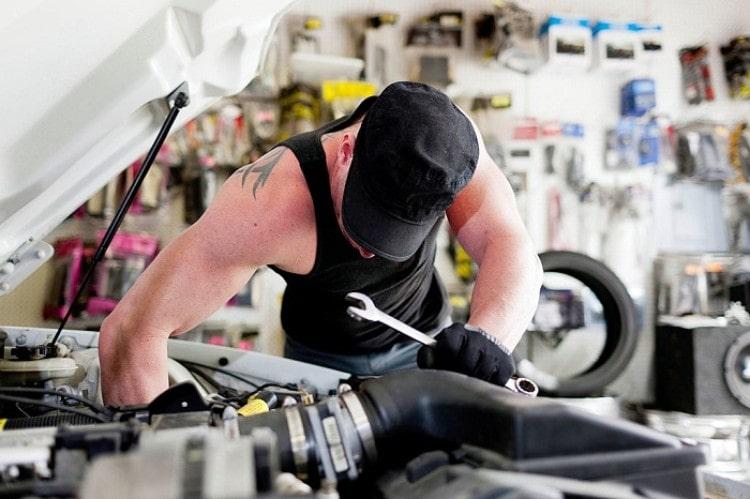 The Evolution of Car Mechanic into Professional Technicians