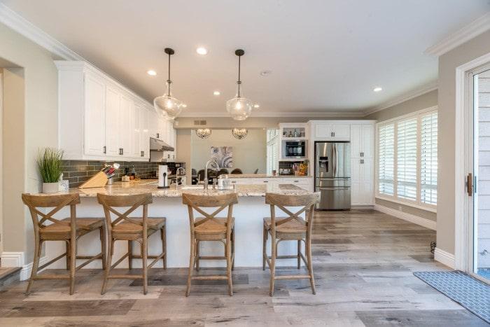 Bright Kitchen Studio