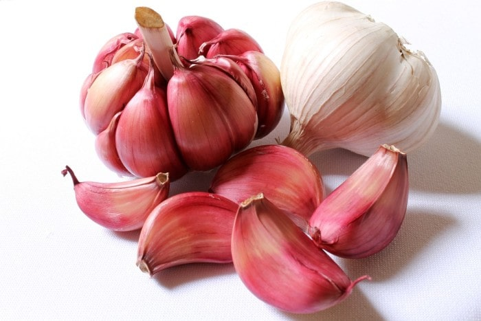 Does Garlic have Properties that Help Us Lose Weight?