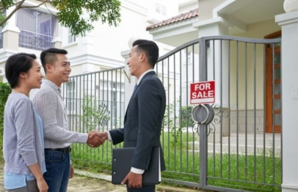 Selling your Current Home Before Buying a New One – should You Do It?